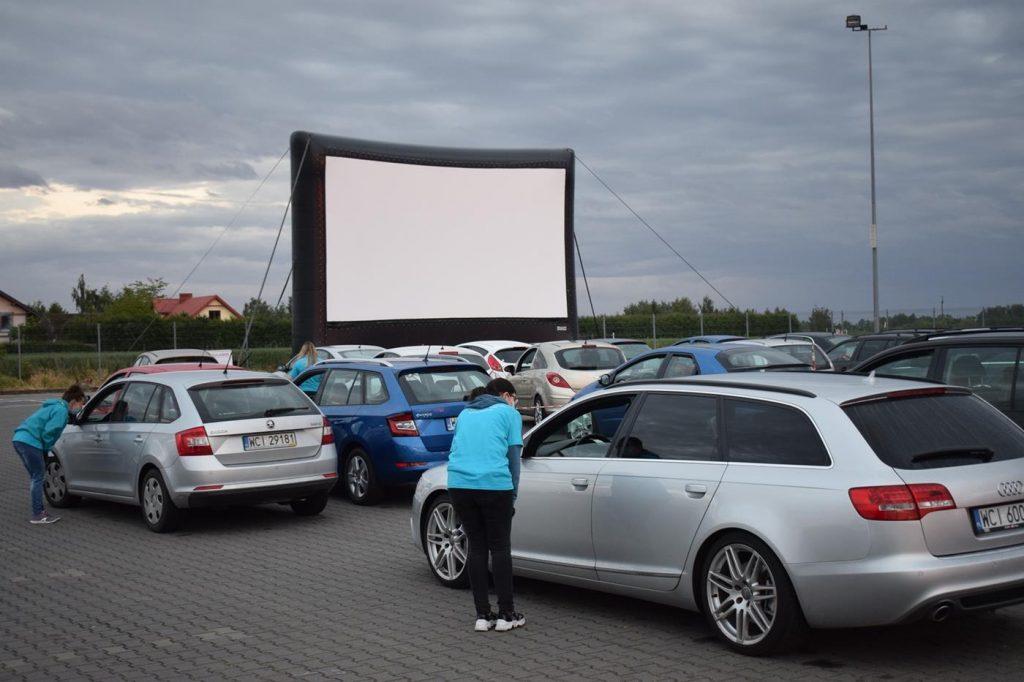 Kino samochodowe' 2020