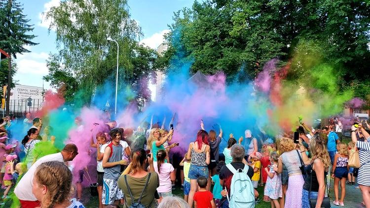 Dzień Baniek Mydlanych i Festiwal Kolorów