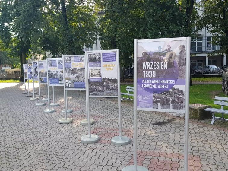 """""""Wrzesień 1939. Polska wobec niemieckiej i sowieckiej agresji"""" – wystawa"""